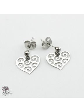 Mini boucles d'oreilles coeur 11mm